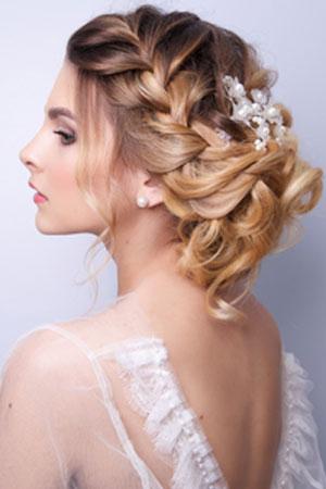 Wedding Day Hair Ideas For Bridesmaids